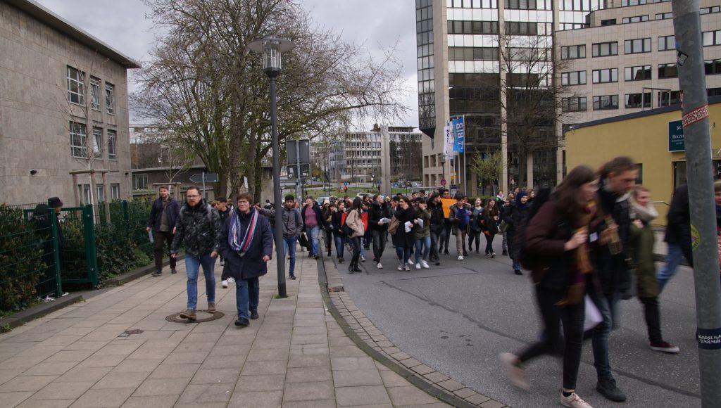 190326 Demo zum Rathaus (32)-min